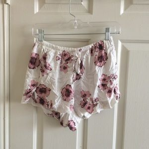 Pink floral eve shorts